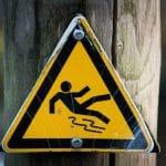 slippery-637562_1920